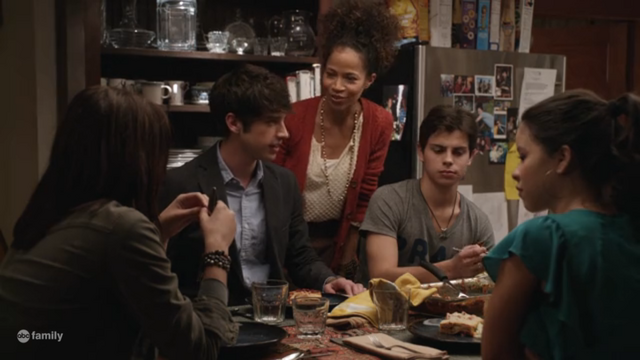 File:The fosters pilot brandon.png