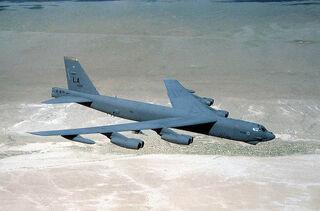 800px-Usaf.Boeing B-52