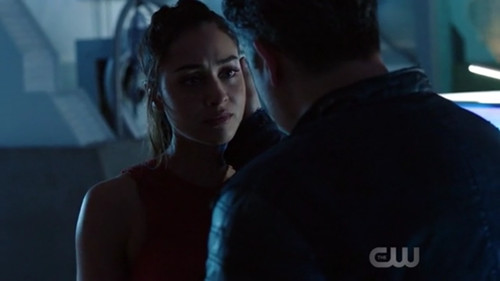 File:The 100 4x11 - Raven.png