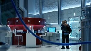 The 100 Clarke & Abby hug