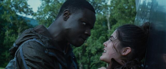 File:Thresh about to kill Clove.jpg