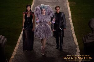 Katniss Effie Peeta Catching Fire
