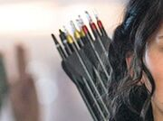 Katniss-different-color-arrows-mockingjay-spoilers-first-image-of-katniss-in-hunger-games-mockingjay-shows-her-secret-weapon