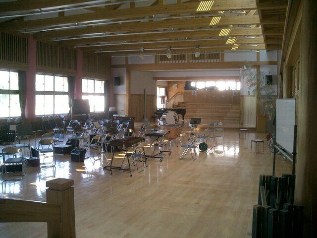 File:Music room.jpg