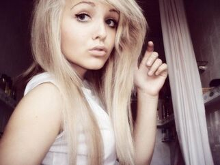 Ellie Garnet