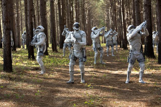 File:District 7 peacekeepers.jpg
