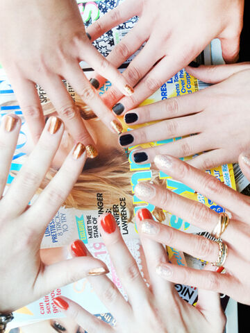File:Teen-Vogue-Nails.jpeg