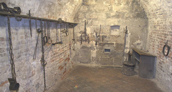 File:Dungeon+picture.jpg