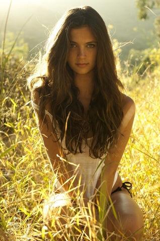 File:Bella Mustang.jpg