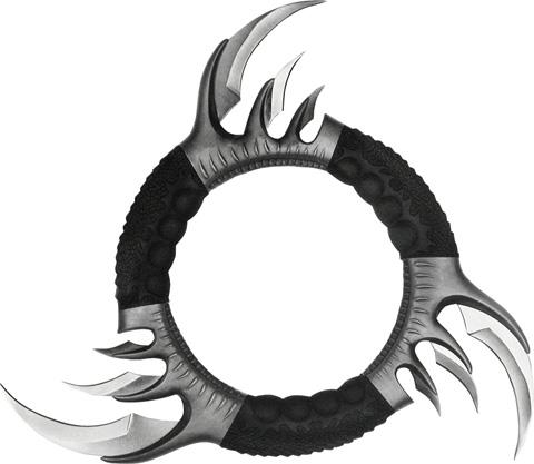 File:Daggers-dragon-chakram-hk-05360.jpg