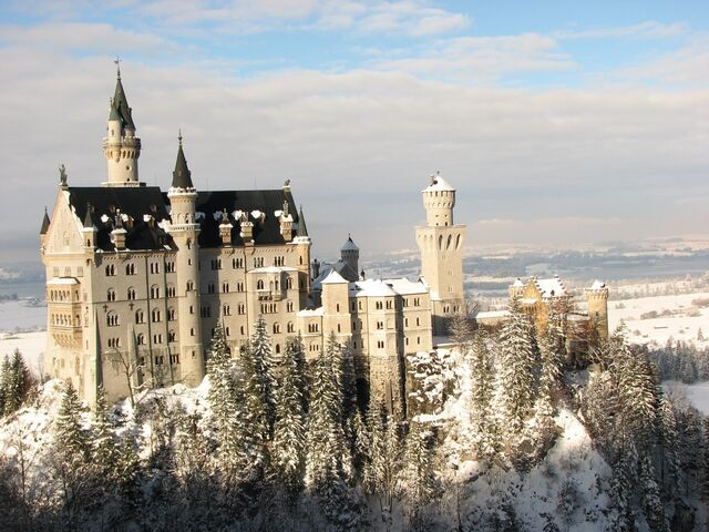 File:Neuschwanstein Castle Germany6.jpg