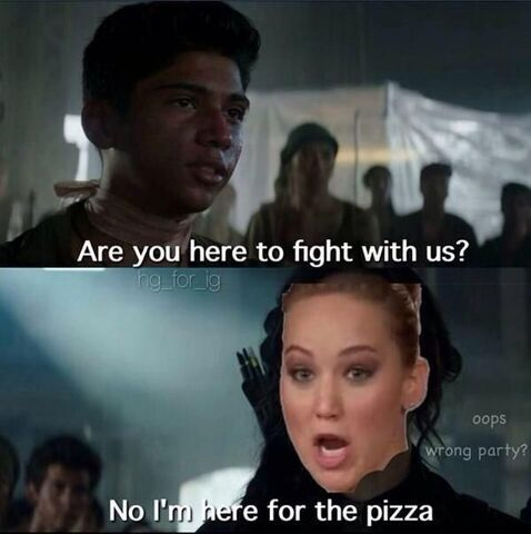 File:Here for the pizza.jpg