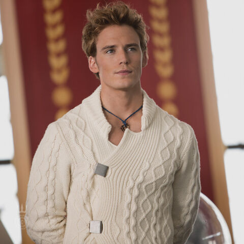 File:Finnick-Capitol-Couture-600x600.jpg