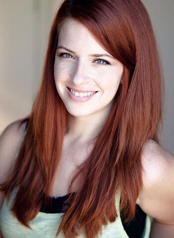 File:Auburn-red-hair-color-1-.jpg
