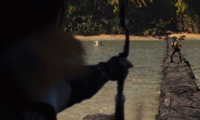 File:Katniss shoots enobaria.jpg