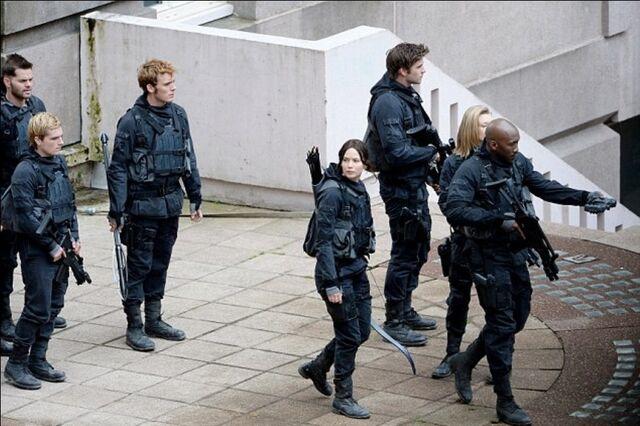 File:Star squad 451 -3.jpeg