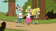 S2E18B Lori jogging with her parents