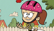 S1E10A young Luan juggling2