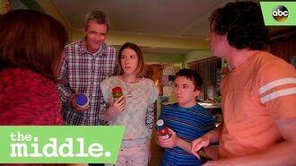 S08E01 - Frankie's Condiment Toast