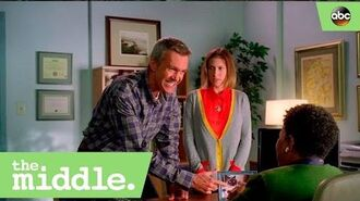 S08E02 - Mike Negotiates with the Bursar