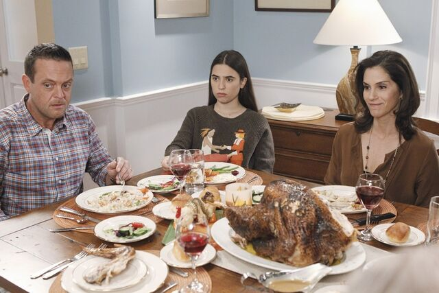 File:Thanksgiving Is for the Bird-Kersees26.jpg