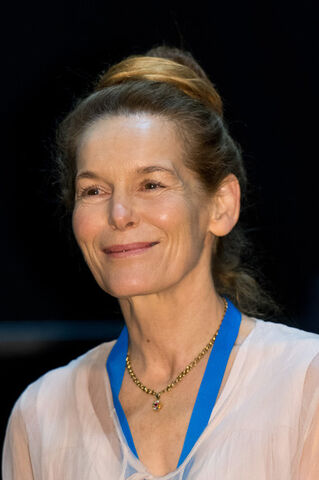 File:Alice Krige Destination Star Trek Event tX eOOtgjNil.jpg