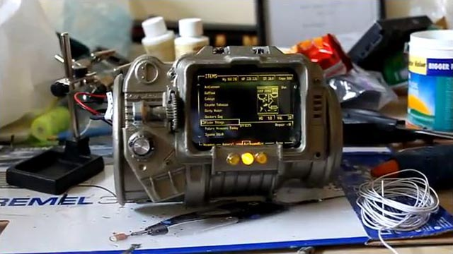 File:Fan made fallout 3 pipboy 3000.jpg