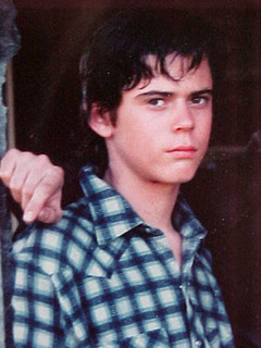 File:Ponyboy-Curtis-the-outsiders.jpg