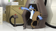 S8E17.037 Rigby Trying to Get Into the Teleporter Pod
