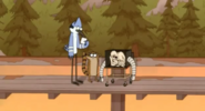 Regular-show-thats-my-television-we-gotta-frame-this-638px
