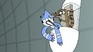 S7E05.393 Rigby Shooting an Antidote Dart