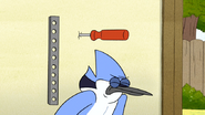 S6E07.077 Mordecai Dodges the Screwdriver