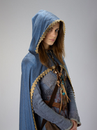 Fleur Randall-in cloak-IMG 3599