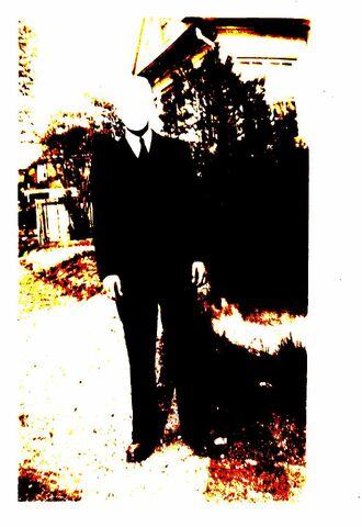File:Slenderman -my own image-.jpg