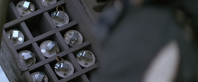 File:Grenade Crate - The Thing (1982).png