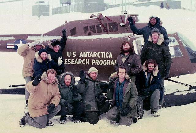 File:Cast shot promotional image - The Thing (1982).png