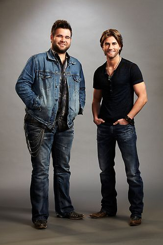File:The Swon Brothers.png