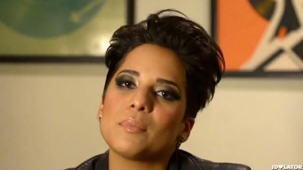 File:Vicci-martinez-come-along-video-bts-behind-the-scenes-600x337.jpg
