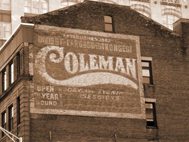 File:Coleman building.jpg