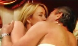 The-Young-and-the-Restless-Victor-and-Nikki-soap-opera-couples-26301431-558-332