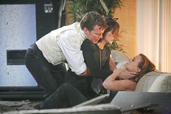 File:Patty strangle Phyllis.jpeg