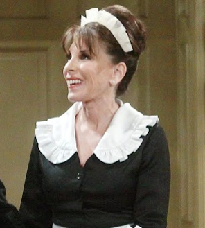 File:Esther the maid.png