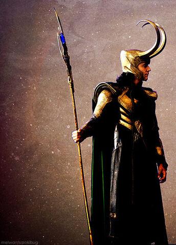 File:Loki-loki-thor-2011-33547004-359-500.jpg