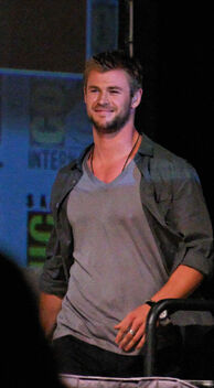 Chris Hemsworth 2010 Comic-Con Cropped