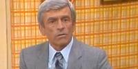 Tom Latham (Joanna's husband)