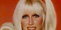 Chrissy Snow