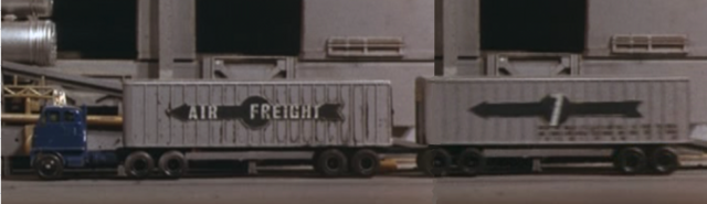 File:Lorry.png