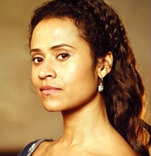 File:Angel Coulby.jpg