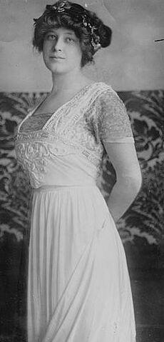 File:Madeleine Astor 2.jpg