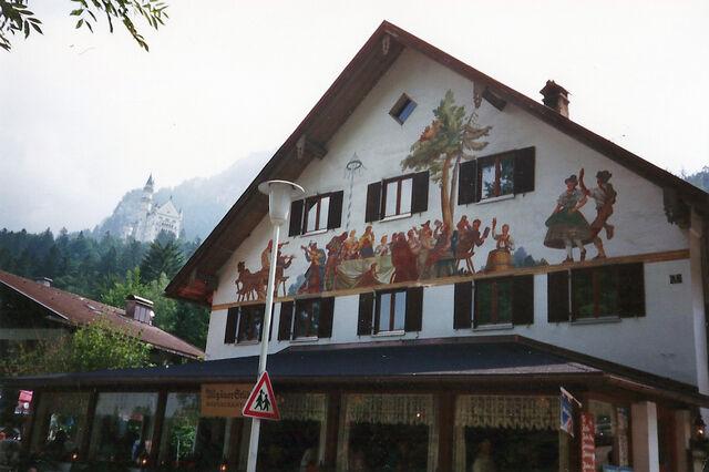File:Hohenschwangau.jpg